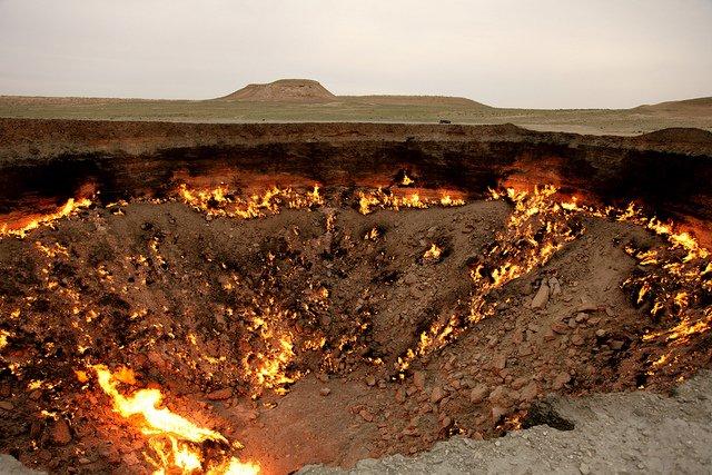 Le cratère de Derweze (Turkménistan)