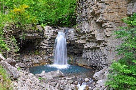 10 sites naturels où se baigner sans quitter la France !