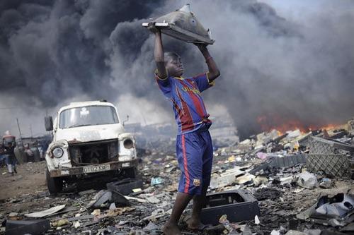 """Ces pays """"poubelles"""" empoisonnés par nos déchets électroniques"""