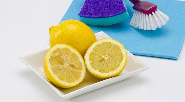 8 recettes de nettoyants multi usages naturels. Black Bedroom Furniture Sets. Home Design Ideas