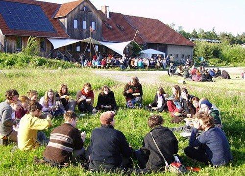 Eco village : un mode de vie qui se développe