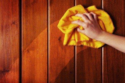 nettoyer les meubles en bois