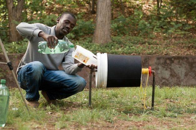 Photo of Le premier lave-linge à manivelle qui coûte à peine plus de 3€