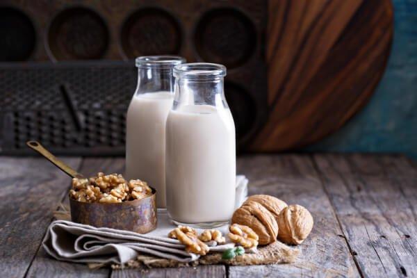 Lait végétal : lait de noix
