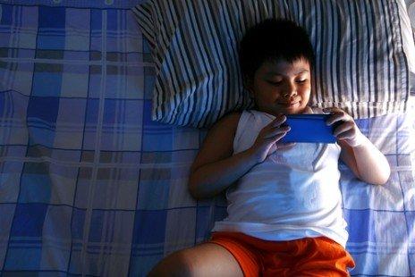 Écran et sommeil : le mauvais cocktail pour notre santé