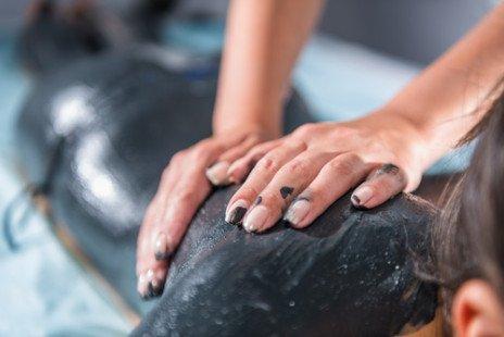 La fangothérapie : les vertus des boues contre les maux articulaires