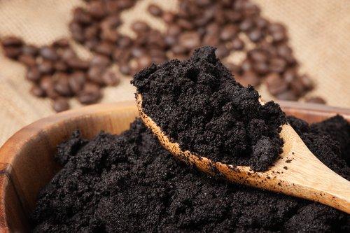 Recycler le marc de café pour construire des routes !