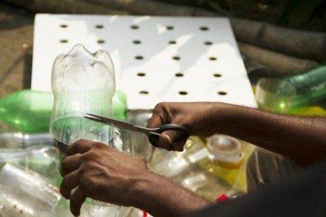 Invention stupéfiante : la climatisation écologique en bouteilles plastique!