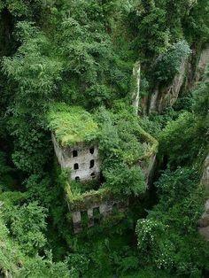 Maison abandonnée, Sorrento, Italie