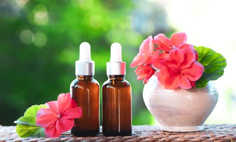 'huile essentielle de géranium rosat