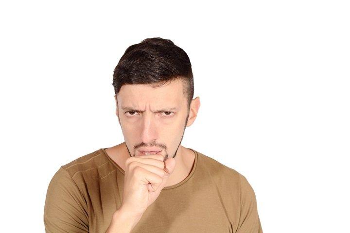 Photo of Découvrez les causes, les symptômes et les remèdes naturels contre la toux sèche