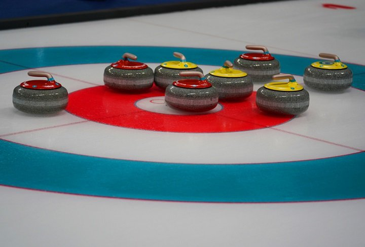 Le curling, c'est un peu la pétanque sur glace