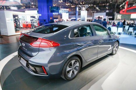 Voiture hybride Hyundai IONIQ plug-in