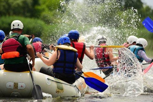 Rafting, un sport idéal pour découvrir la nature autrement