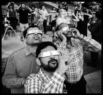 Bien se protéger les yeux pour regarder une éclipse solaire
