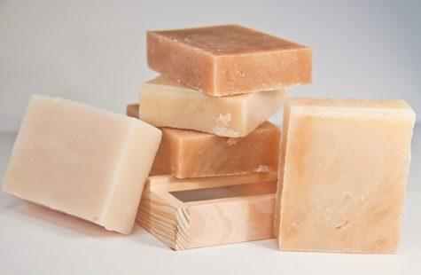 Saponification à froid : les vertus d'un savon saponifié