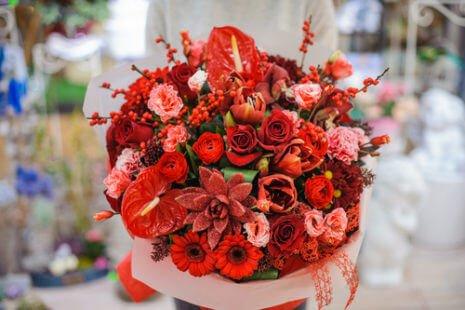 La fleur rouge, riche de sens