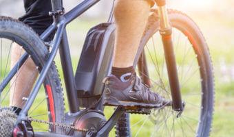 Voici les kits pour transformer un vélo en vélo électrique : une solution moins chère que l'achat d'un nouveau VAE