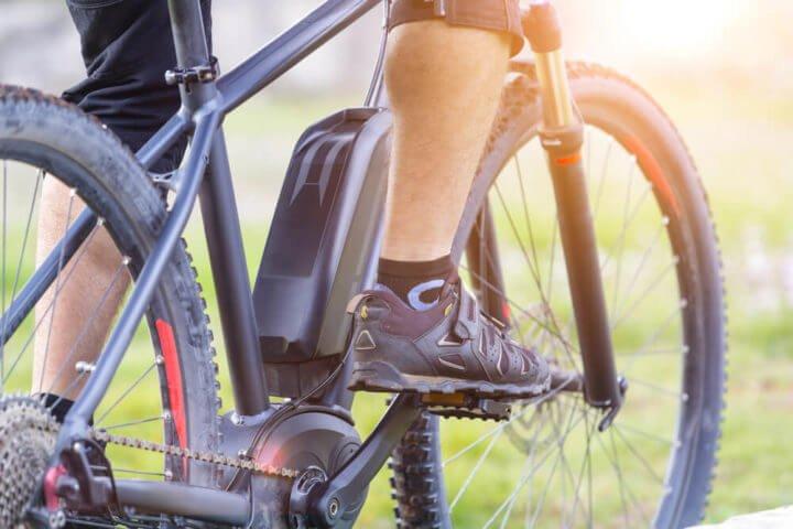 Photo of Voici les kits pour transformer un vélo en vélo électrique : une solution moins chère que l'achat d'un nouveau VAE