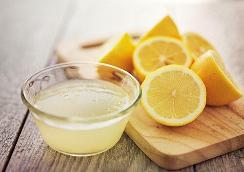 Photo of Avez-vous déjà essayé le jus de citron ? voici les bienfaits mais aussi les contre-indications
