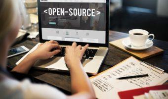 Open Source : des logiciels qui favorisent les échanges de savoirs informatiques