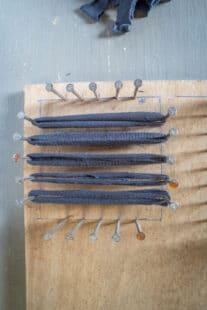 Métier à tisser pour tawashi, bandes de tissu dans un seul sens