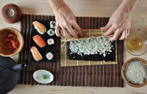 Sushi ou maki à base d'algue nori