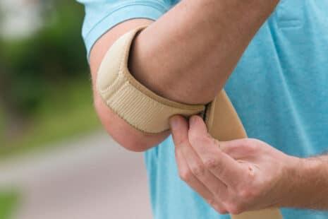 L'attelle pour soulager certaines formes de tennis elbow