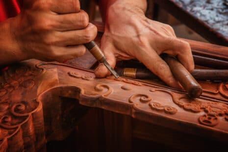 Fabrication d'un meuble en bois de rose