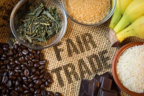 Thé, sucre, café, cacao, banane issus du commerce équitable