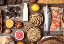 Intolérances alimentaires : lait, arachides, chocolat, gluten, crustacés, oeufs, poisson, amandes; citron, pamplemousse, pain